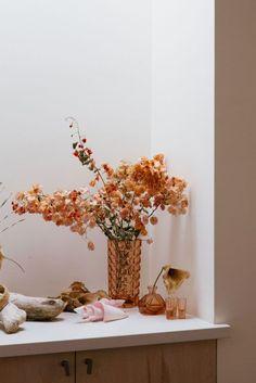 sfgirlbybay / bohemian modern style from a san francisco girl Undone Look, Turbulence Deco, Bloom, Brewing Tea, Color Stories, Modern Bohemian, Home Interior, Interior Inspiration, Calla Lilies