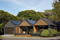 First Light Studio are award winning New Zealand architects who have an innovative, modern and sustainable approach to architecture. Investment House, Sliding Wall, Timber Deck, Architecture Awards, Living Environment, Cool House Designs, One Light, Entrance, Swimming Pools