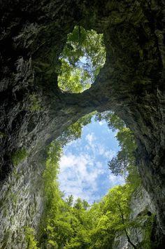 portals & secret passageways Europe Travel Share and enjoy! Amazing Photography, Landscape Photography, Places To Travel, Places To See, Portugal, Destinations, Natural Bridge, Secret Places, Blue Art