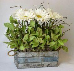 Daisy Day Silk Flower Arrangement by SilverWingsFloral Silk Flower Centerpieces, Flower Arrangements Simple, Silk Floral Arrangements, Artificial Flower Arrangements, Artificial Flowers, Flower Decorations, Wedding Centerpieces, Fake Flowers, Dried Flowers