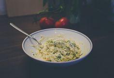 Plnené šampiňóny s medvedím cesnakom Grains, Rice, Food, Essen, Meals, Seeds, Yemek, Laughter, Jim Rice