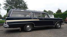 1961-Mercedes-Benz-Heckflosse-220-Sb-Kombi-Leichenwagen