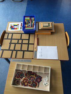 Rekenhoek Educational Crafts, Ecole Art, Piet Mondrian, Kindergarten Art, Art Party, Geometric Art, Diy Toys, Art Auction, Van Gogh