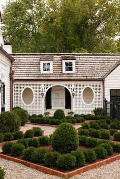 The Glam Pad: The Art of Elegant Southern Living with Lee W. Robinson