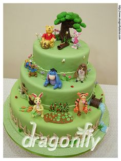 """Pooh and his gang cake / Bolo """"Pooh e sua turma"""" by Dragonfly Doces, via Flickr"""