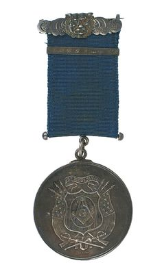 This Civil War silver Masonic Military Lodge medal was issued in 1863 to Capt. E.G. Quincy of the 43rd Regiment (Mass.). The opening bid of this medal is $1,750.