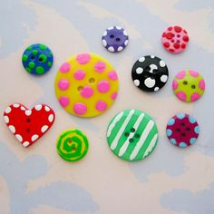 Pretty painted buttons
