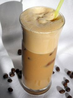 Healthy Drinks, Smoothies, Panna Cotta, Beverages, Goodies, Food And Drink, Milk, Pudding, Breakfast