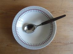 Vintage Norway - soup plate - Egersund Norway - zig zag decor - midcentury Soup Plating, Zig Zag, Norway, Barware, Plates, Unique Jewelry, Tableware, Handmade Gifts, Vintage