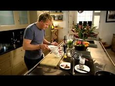 Season 4 of 6 of The F Word along with Gordon Ramsay and celebrity food preparation brigades. Chef Ramsay divulges his vanilla cheese birthday cake and berry compote recipe. Gordon Ramsay Youtube, Chef Gordon Ramsey, Compote Recipe, Berry Compote, Tv Chefs, Dinner Party Recipes, Always Hungry, Learn To Cook, Sweet Desserts