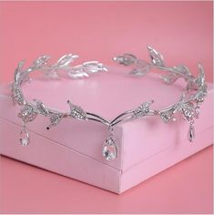 Cheap hair highlights for black hair, Buy Quality jewelry hair accessories directly from China jewelry braclet Suppliers: Crystal Crown Bridal Hair Accessory Wedding Rhinestone Waterdrop Leaf Tiara Crown Headband Frontlet Bridesmaid Hair Jewelry Cute Jewelry, Hair Jewelry, Fashion Jewelry, Silver Jewelry, Crystal Jewelry, Silver Rings, Fashion Fashion, Beaded Jewelry, Jewelry Box