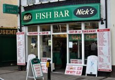 Ok, strictly speaking, even the healthiest fish and chips you can cook isn't going to make the top five healthiest foods. But I like fish and chips. A lot. It's one of those comfort meals that reminds me of the time I lived in a coastal town in England...