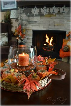 Do you struggle with what to put on your coffee table for a seasonal centerpiece? In my opinion, it can't be too large, needs to be easil...