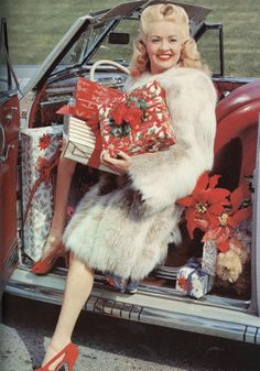 Betty Grable celebrating Christmas in the 1940s. #actress #vintage #Christmas