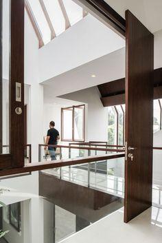 Spouse House by Parametr Architecture (12)
