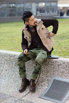 i mean, if i could i'd wear this outfit. heh.  the sartorialist