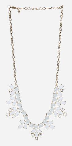 Elegant Stone Wreath Necklace