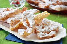 Ricetta Sfrappole - Alessandra Spisni Tasty, Yummy Food, Biscotti, Italian Recipes, Potato Salad, Buffet, Potatoes, Chicken, Meat