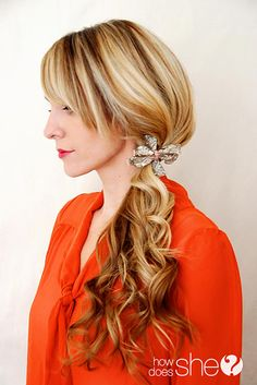 Love these simple, yet beautiful holiday hairstyles!! Party Perfect! #tutorial #holidayhair howdoesshe.com
