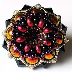 Amazing Gwen Fisher beaded beads.......a persone after my own heart: math and bead lover!!