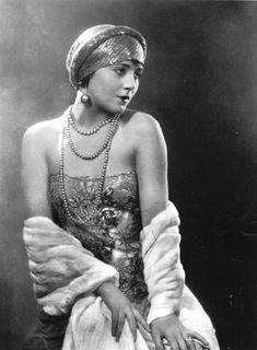 Vilma Bánky (9 January 1901 – 18 March 1991)