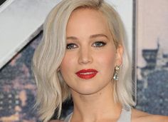 7 Slimming Haircuts and Hairstyles That Are Basically Beauty Magic via @PureWow