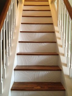 Take your stairs to the next level by applying wallpaper to the front of the steps. Adds a whole new dimension! Wallpaper Stairs, White Wallpaper, Interior Design Living Room, Living Room Designs, Tile Stairs, Staircase Makeover, Stair Risers, Entry Foyer, Reno