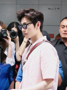 Yang Yang, Kdrama, Couple Photos, Couples, Celebrities, Boys, Idol, Chinese, Artist