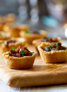 mini beef wellington pot pies