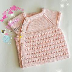 Baby Vest, Class Projects, Master Class, Kids Wear, Baby Knitting, Crochet Top, Children, Sweaters, How To Wear