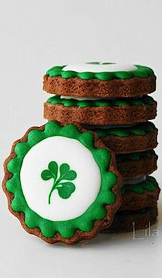 St Patrick's Day Cookies-decorating tutorial