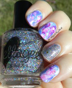 dry sponge nail art with JulieG and ellagee sun photo | Be Happy And Buy Polish http://behappyandbuypolish.com/2015/07/13/splotchy-nail-art-manicure-with-ellagee-and-julieg/