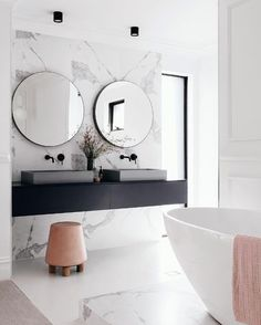 If you have a small bathroom in your home, don't be confuse to change to make it look larger. Not only small bathroom, but also the largest bathrooms have their problems and design flaws. Bad Inspiration, Bathroom Inspiration, Interior Inspiration, White Marble Bathrooms, Bathroom Black, Master Bathroom, Blush Bathroom, Colorful Bathroom, Neutral Bathroom