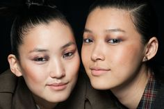 Metallic Eye Shadows: The eye shadow at Nanette Lepore was a mix of shimmer on the inner and outer corners and matte shadow in the center of lids.