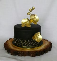 Gold Phaleanopsis (moth) Orchid Cake - adult birthday cake idea www.wonderlandtreats.co.za