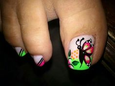 Viviana Pedicure Nail Art, Toe Nail Art, Cute Pedicures, Cute Nails, Cute Pedicure Designs, Animal Nail Designs, Painted Toe Nails, Butterfly Nail, Nail Envy
