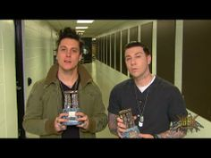 Synyster Gates and Zacky Vengeance win 2014 Golden Gods Awards 2014 - YouTube