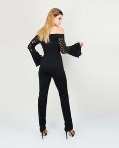 Madola  Model: @bethh.krijnen HMUA:@ellethomasmakeupartistry Stylist: @madolathelabel  Clothing by: @madolathelabel Photography/retouching: @kbtimages
