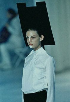 "Hussein Chalayan S/S 1998""Between"""