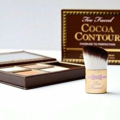 Did you know the Too Faced Cocoa Contour Kit comes with the cutest portable Contour Buki Brush? It's tapered and angled to fit perfectly in the hollows of your cheeks! #regram @manonbve #cocoacontour #toofaced