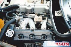 "Triumph TR7 Sprint  Engine: Triumph Slant Four 1,998cc, 16 valve compression ratio: 9.5:1, fuel system: twin 1¾"" choke SU HS6 carburettors, maximum power: 127 bhp @ 5200 rpm (estimated), maximum torque: 122 lb ft @ 4500 rpm (estimated)"