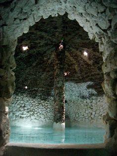 El balneario La Gruta en San Miguel de Allende, estuve en este bello lugar con una bella chica.