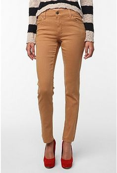 i need a pair of pants like these!