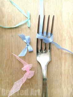 How to make a ribbon Bow with a Fork - a quick and easy craft basic tutorial - and oh so satisfying