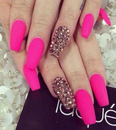 Pink and sparkles....xoxoxo