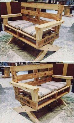 20 Brilliant DIY Pallet Furniture Design Ideas to Inspire You - diy pallet creations - Great DIY pallet ideas to try this year - Pallet Furniture Designs, Wooden Pallet Projects, Wooden Pallet Furniture, Pallet Crafts, Wooden Pallets, Furniture Projects, Diy Furniture, Pallet Benches, Pallet Chair