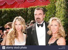 Download this stock image: Sep 16, 2007 - Los Angeles, CA, USA - EMMYS 2007: TOM SELLECK with wife JILLIE MACK and daugther HANNAH SELLECK arriving at the 59th Annual Primetime Emmy Awards held at the Shrine Auditorium in Los Angeles. (Credit Image: © Lisa O'Connor/ZUMA Press) - CAKE0N from Alamy's library of millions of high resolution stock photos, illustrations and vectors.