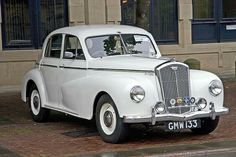 Wolseley 1948 - 54 Dad's car after Mum rolled and wrote off the morry! - My old classic car collection Classic Cars British, Old Classic Cars, Vintage Cars, Antique Cars, Vintage Room, Vintage Ideas, Morris Minor, Cars Uk, Classic Motors