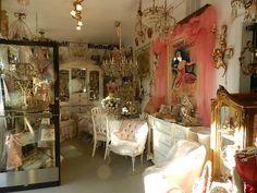 French Decor at Vignettes in San Diego *~❤ Shabby Chic Boutique, Shabby Chic Style, Shabby Chic Decor, Vintage Decor, Woman Cave, Lady Cave, Paris Flea Markets, Antique House, Antique Show