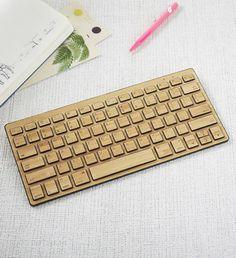 50 cadeaux de noël pour homme, clavier-bambou